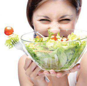Bệnh ngoài da nên ăn nhiều rau xanh