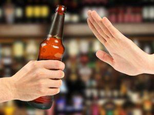 Bệnh vảy nến nên tránh xa rượu bia
