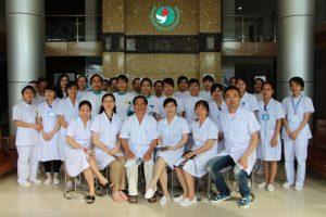 Đội ngữ y bác sỹ tại Phòng khám da liễu Đông Phương