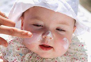 Dùng thuốc chữa viêm da nên thận trọng